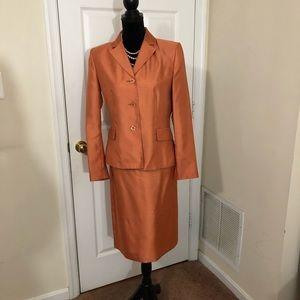 Suit Studio women's copper 2pc skirt suit Sz 8